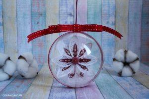 sfera natalizia con fiocco di neve quilling