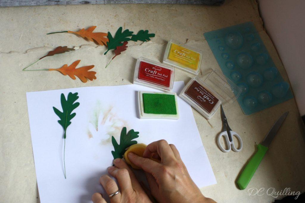foglie di quercia di carta