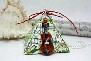 ciondolo violino artigianale