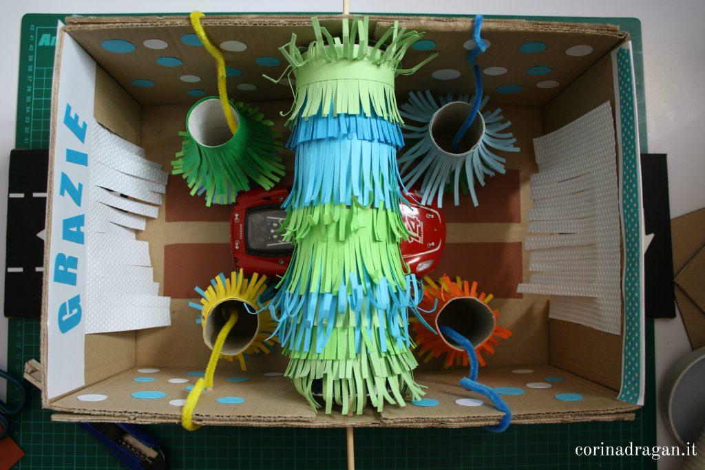 decorare scatole di cartone per bambini