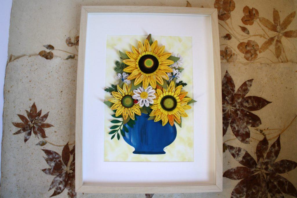 quadri da regalare per compleanni vaso con girasoli quilling